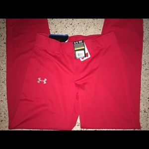 Other - Under Armour relax fit